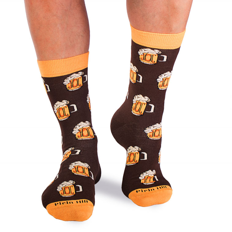 Памучни чорапи с халби бира, кафеви – идея за подарък, Направи си бира ООД